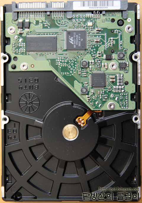 삼성 HD154UI (1.5GB, 5400rpm) 뒷면