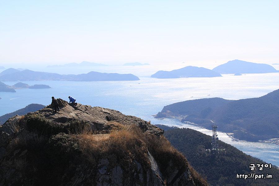 통영 미륵산에서 바라본 바다 풍경 (비진도, 용초도 쪽) - ①
